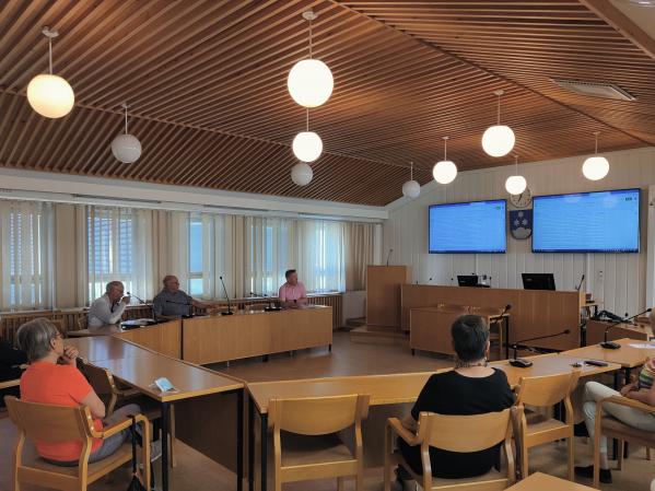 Tapahtumien suunnittelua Vireä Pello -illassa.